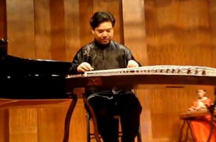 王中山古筝演奏《战台风》